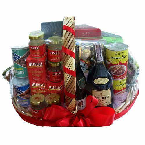 Classical Hamper with Wine
