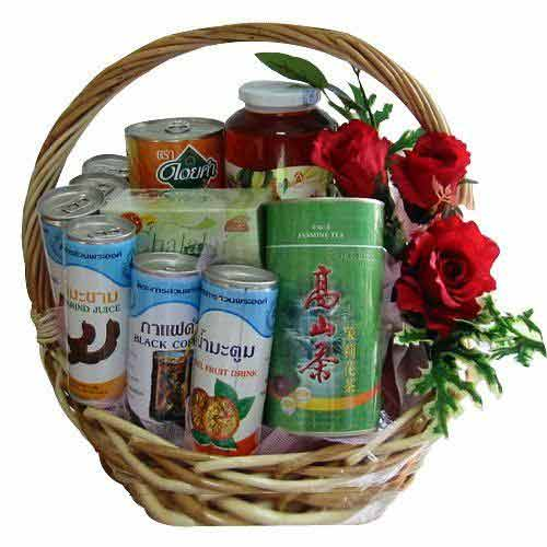 Stimulating Hamper with Fruit Juice