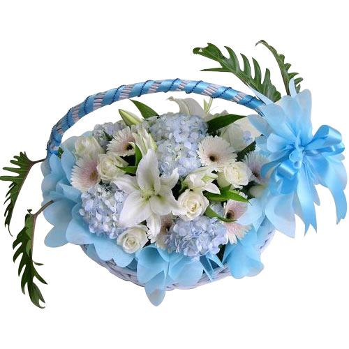 Stimulating Combination of Mixed Flowers in a Basket