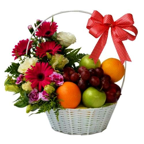 Wholesome True Feelings Fruit Gift Basket