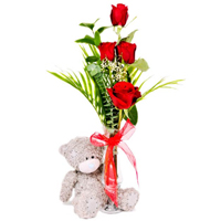 5 red roses in vase with a small bear<br>(for Bangkok only)