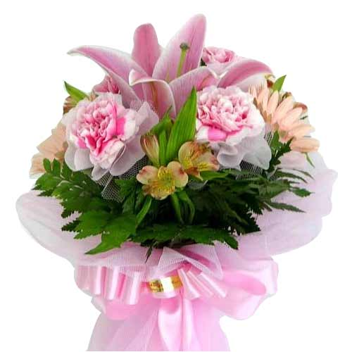 Pink lily & carnation Bouquet<br>(for Bangkok only)